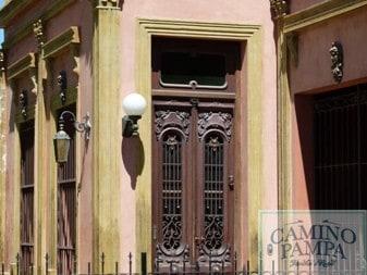 Tour Colonial Architecture in San Antonio de Areco casa Draghi Areco