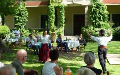 Estancia con música y danzas folclóricas