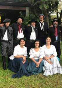 gaucho ladies in San Antonio de Areco